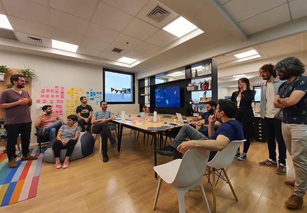startup-culture-komodor-kubernetes